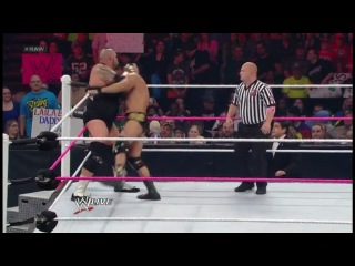 WWE Monday Night Raw 15.10.2012 [����� 1/2] (HDTVRip)